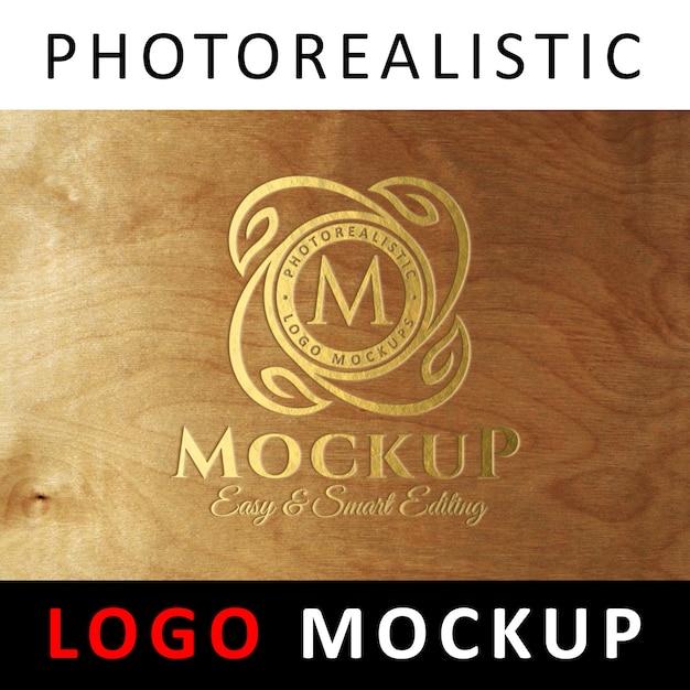 Logo maquette - logo gravé doré sur bois PSD Premium