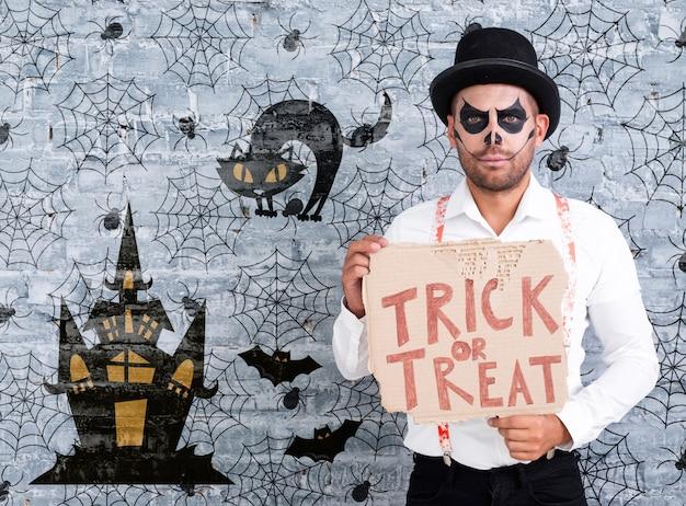 Mâle, Maquillage, Tenue, Carte, Tour, Ou, Traiter, Lettrage, Pour, Halloween Psd gratuit