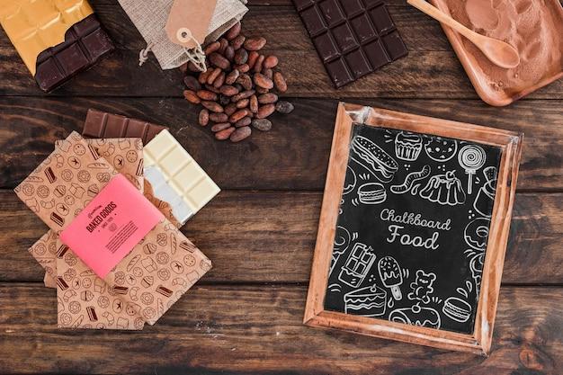 Maquette d'ardoise avec concept de chocolat Psd gratuit