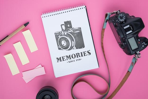 Maquette bloc-notes avec concept de photographie Psd gratuit