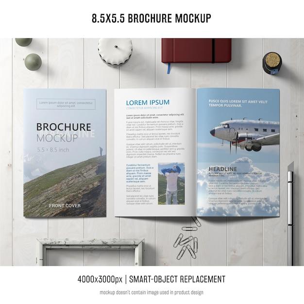 Maquette de brochure de portrait Psd gratuit