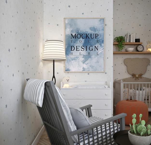 Maquette De Cadre D'affiche Dans La Chambre De Bébé Classique Moderne Avec Chaise Berçante PSD Premium