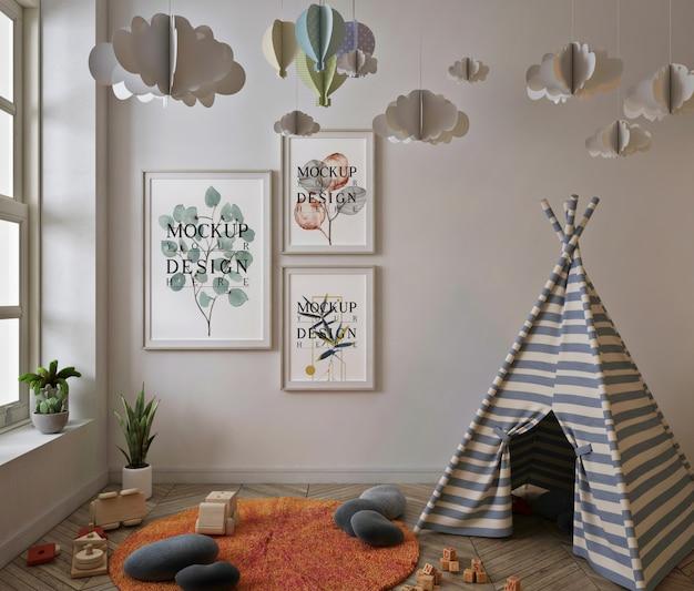 Maquette De Cadre D'affiche Dans La Salle De Jeux Pour Enfants Avec Tente PSD Premium