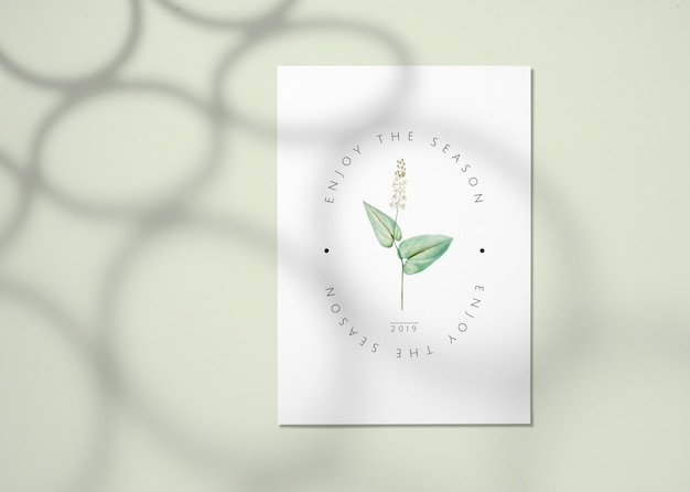 Maquette carte florale Psd gratuit