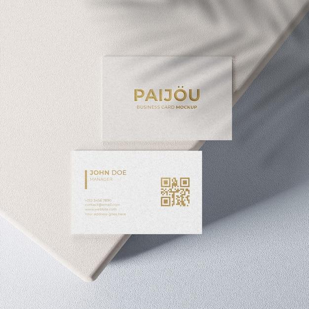 Maquette De Carte De Visite élégante Simple Avec Un Design En Or PSD Premium