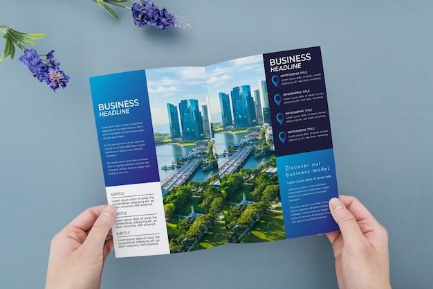 Maquette De Concept De Brochure à Trois Volets Psd gratuit