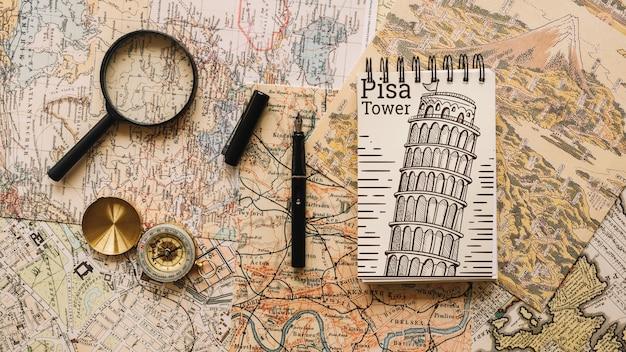 Maquette De Concept De Voyage Rétro Avec Bloc-notes Psd gratuit