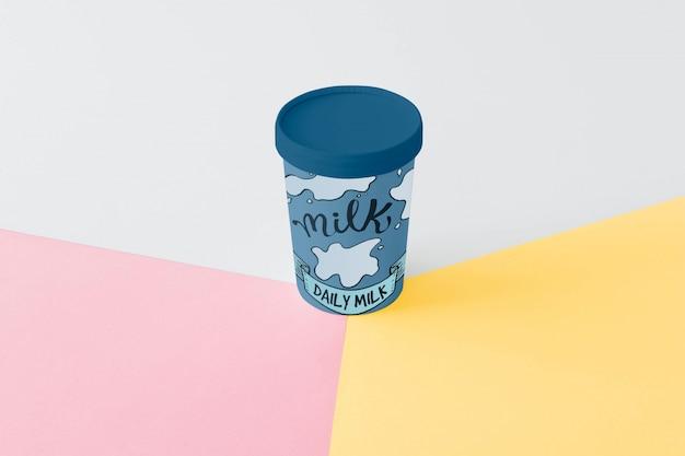 Maquette d'emballage de lait Psd gratuit