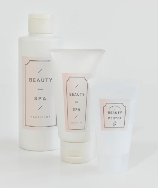 Maquette d'emballage de soins de la peau Psd gratuit