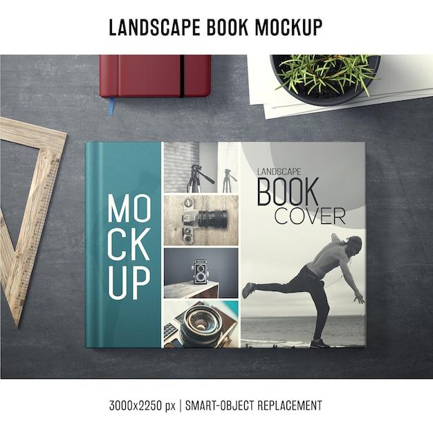 Maquette de livre de paysage Psd gratuit