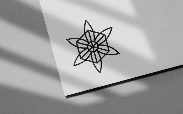Maquette De Logo Noir En Papier Propre PSD Premium