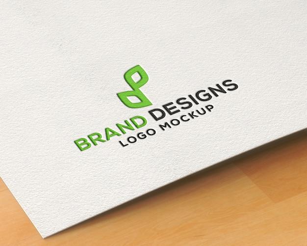 Maquette de logo en papier pressé PSD Premium