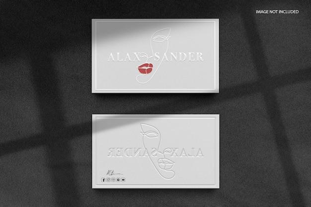 Maquette De Logo En Relief Pour Carte De Visite Blanche PSD Premium