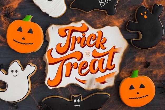 Maquette de papier brûlé créatif avec le concept d'halloween Psd gratuit