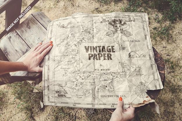 Maquette En Papier Vintage PSD Premium