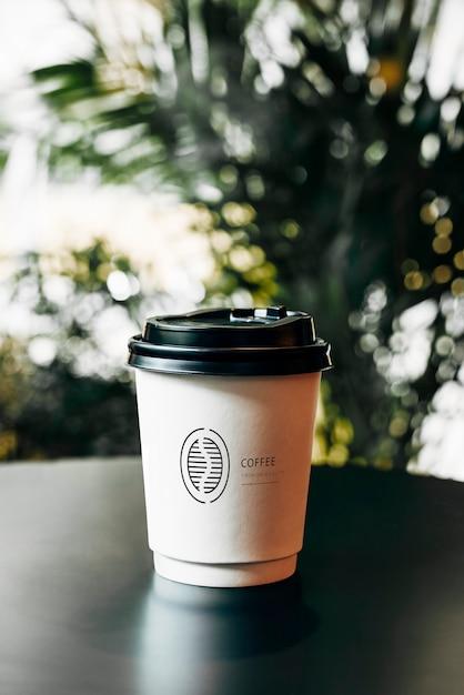 Maquette de tasse à café en papier jetable Psd gratuit
