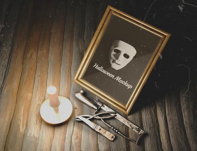 Masque encadré avec du matériel de torture Psd gratuit