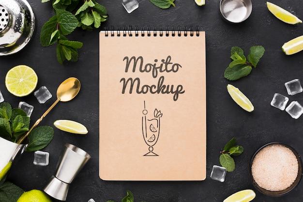 Mise à Plat Du Concept De Maquette De Cocktail Psd gratuit