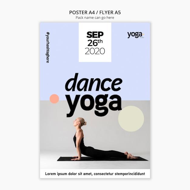 Modèle D'affiche De Cours De Yoga De Danse Psd gratuit
