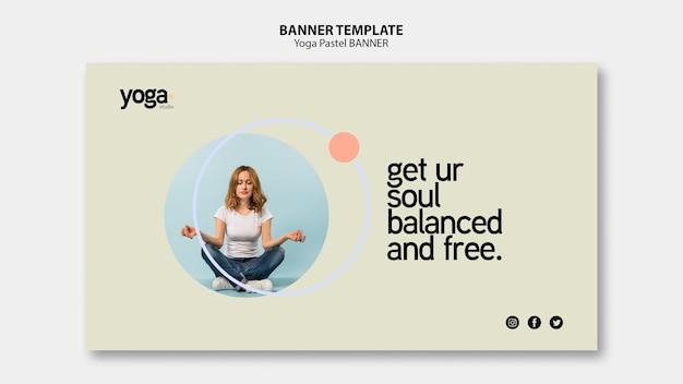 Modèle De Bannière De Cours De Yoga Esprit Et Corps Psd gratuit