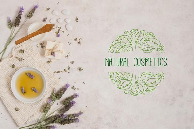 Modèle de logo de cosmétiques naturels Psd gratuit