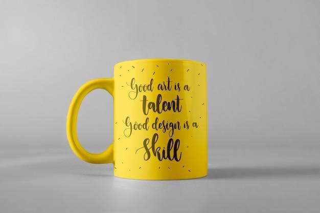 Mug maquette avec citation Psd gratuit