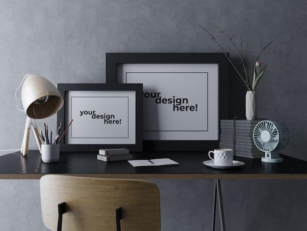 Relistic double artwork maquette modèle de conception assis sur la table dans l'espace de travail de concepteur moderne PSD Premium