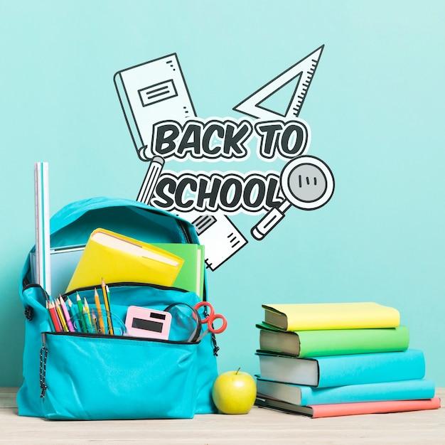 Sac à dos avec fournitures scolaires Psd gratuit