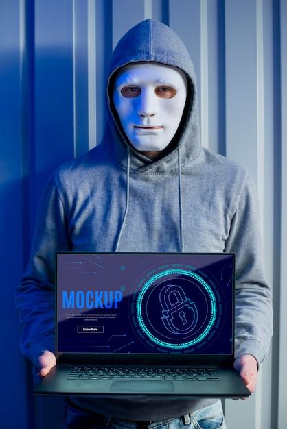 Sécurité Numérique Et Personne Avec Masque Psd gratuit
