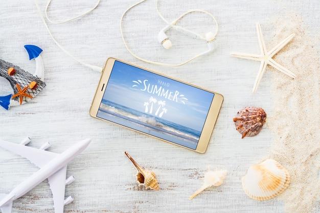 Smartphone maquette de modèle pour les vacances d'été PSD Premium
