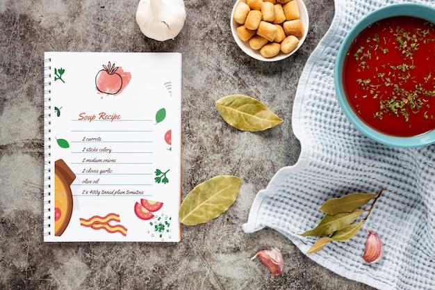 Soupe Plate Avec Composition Des Ingrédients Et Maquette De Recette Psd gratuit