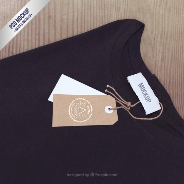 T-shirt étiquette Maquette Psd gratuit