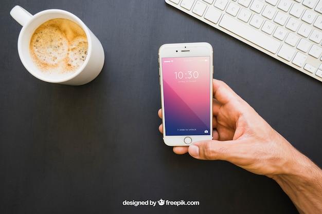 Tasse De Café, Clavier Et Téléphone à Main Psd gratuit