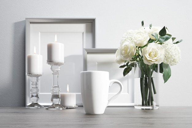 Tasse En Céramique Avec Des Fleurs Et Des éléments Décoratifs Psd gratuit