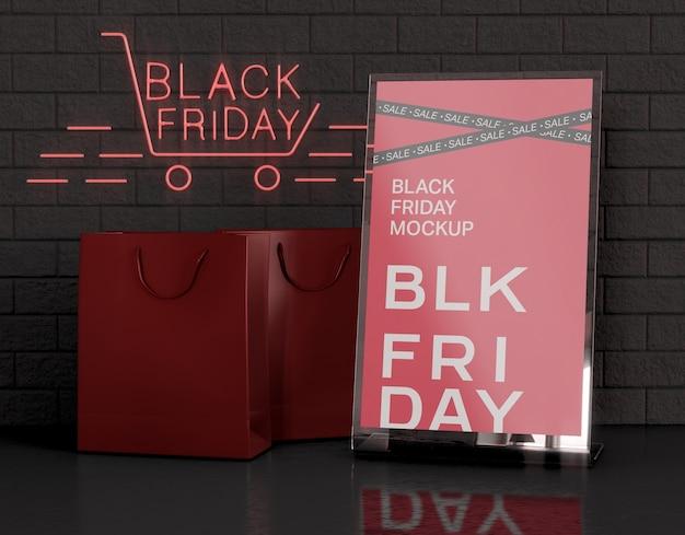 Tente De Table En Acrylique Avec Maquette De Porte-cartes. Concept Du Vendredi Noir Psd gratuit