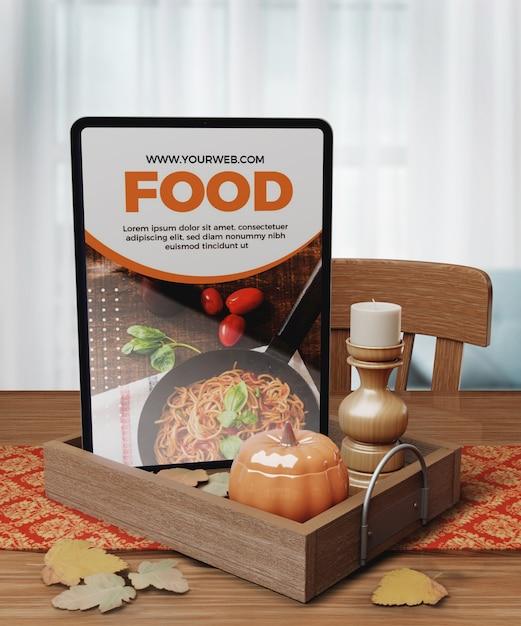 Thanksgiving Concept De Nourriture Sur Tablette Psd gratuit
