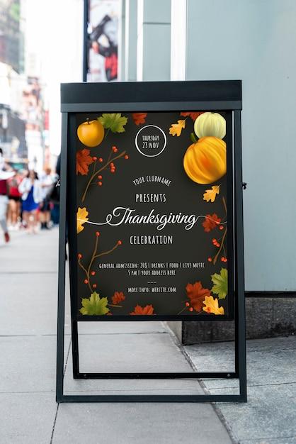Thanksgiving avec maquette Psd gratuit