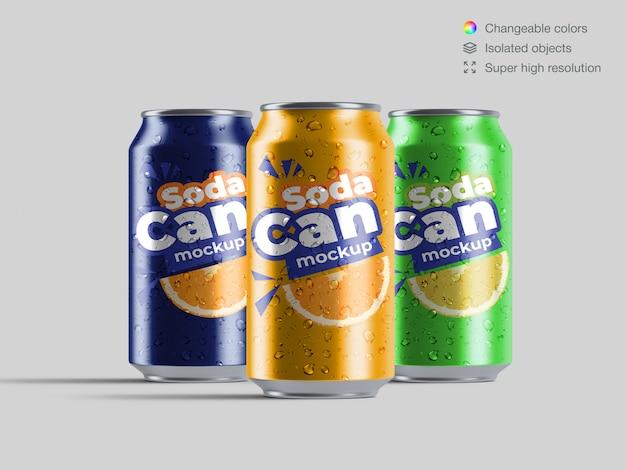 Trois Canettes De Soda En Aluminium Vue De Face Réaliste Avec Modèle De Maquette De Gouttes D'eau PSD Premium