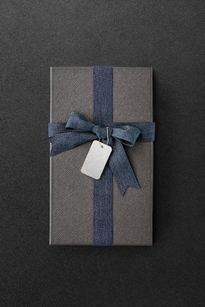 Vue Aérienne Du Coffret Cadeau Avec Une Maquette D'étiquette Psd gratuit