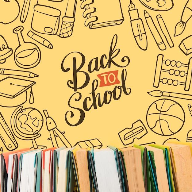 Vue de dessus retour à l'école avec fond jaune Psd gratuit