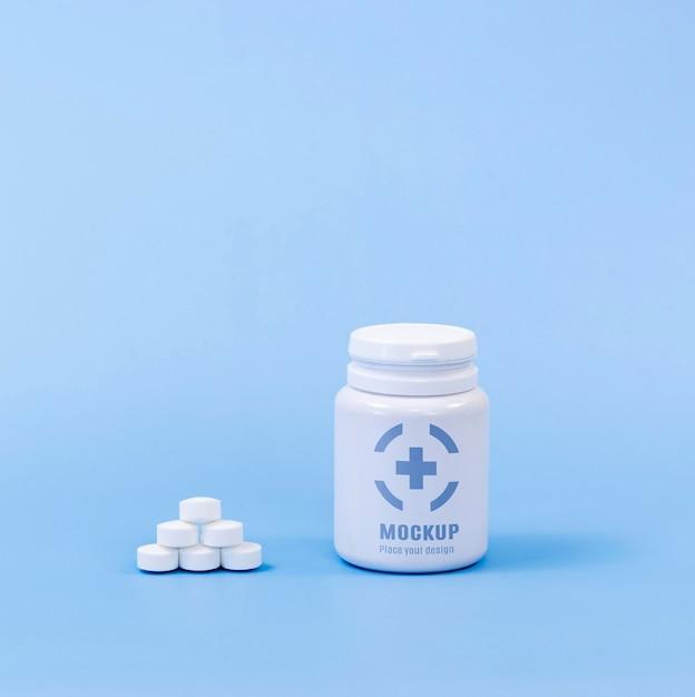 Vue De Face De La Bouteille De Pilules Psd gratuit