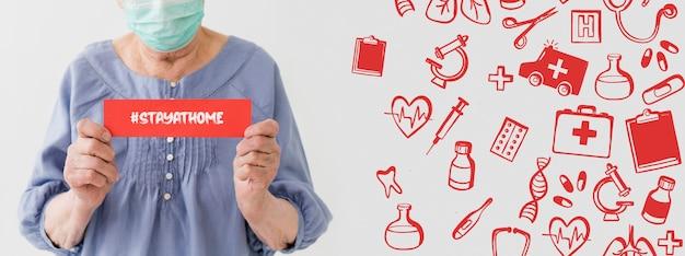 Vue Frontale, De, Femme Plus âgée, à, Masque Médical, Tenue, Message Psd gratuit