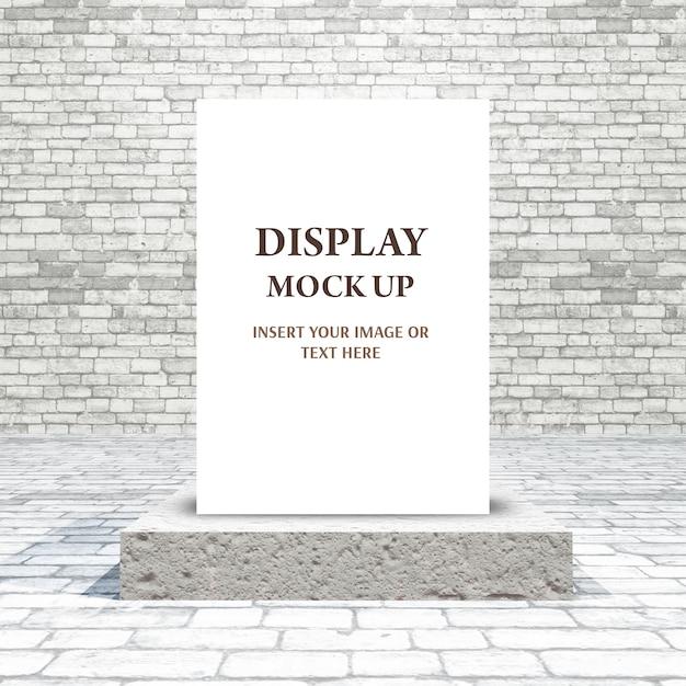 3d mock up com imagens em branco no pódio em uma sala de tijolos Psd grátis