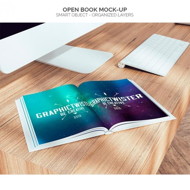 Abra o livro mock-up Psd grátis