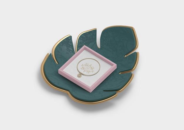 Alta, vista, de, monstera, decoração, flor, e, anel Psd grátis