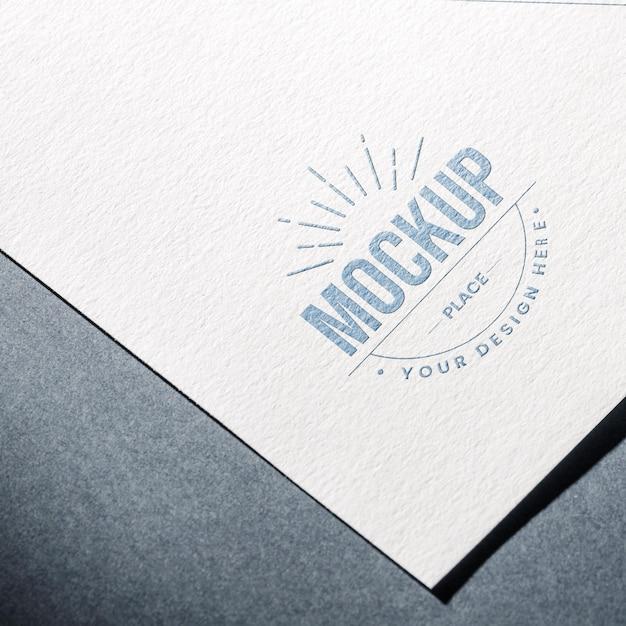 Alto ângulo de papel texturizado para maquete de negócios Psd grátis