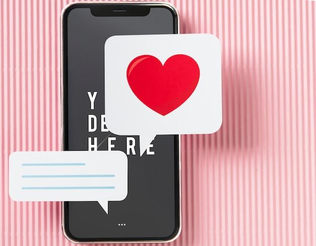 Bate-papo de mensagens no mockup do telefone móvel Psd grátis
