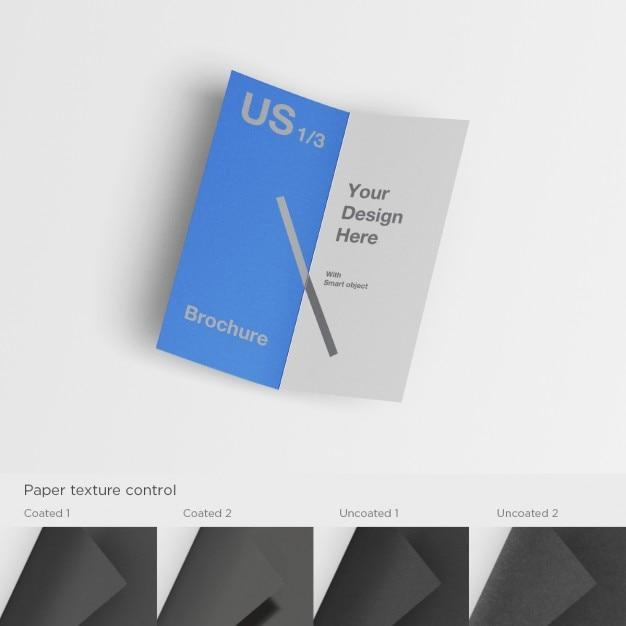 Brochura realista mock up Psd grátis