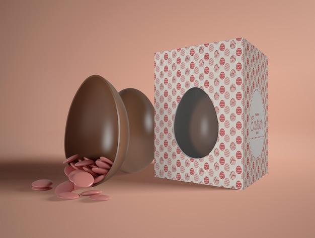 Caixa com ovos de páscoa chocolate Psd grátis