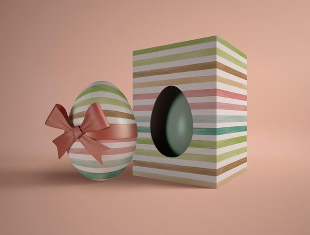 Caixa de alto ângulo com ovo embrulhado Psd grátis